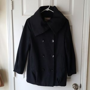 Double breast button up detailed neck peacoat